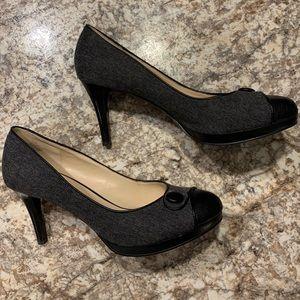 Nine West Gray Pattern Heels - Size 8.5